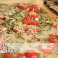 Tomato Pesto Pizza