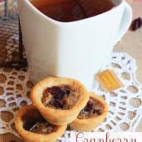 Cranberry Pecan Pie Sugar Cookie Cups with Salted Caramel Tea