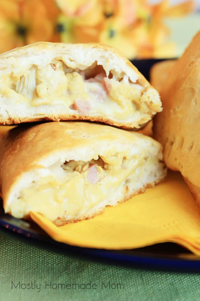 The middle of the chicken cordon bleu pocket sliced in half