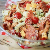 Pepperoni Pizza Pasta Salad – VIDEO